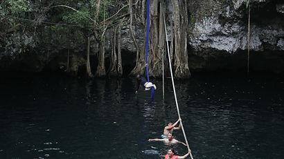 Cenote (21).JPG