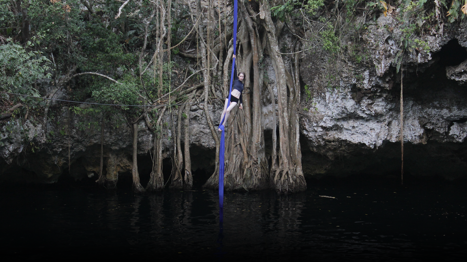 Website Version - Cenote (5) - no ropes.