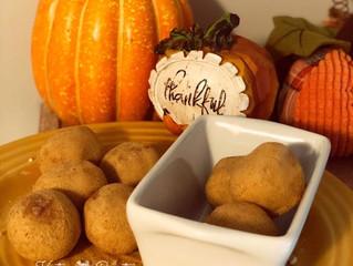 Pumpkin-Pie Protein Snack Balls©