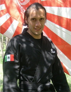 SENSEI GUILLERMO LOPEZ
