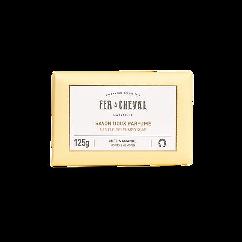 Fer à Cheval - Gentle Perfumed Soap Honey & Almond - 125g