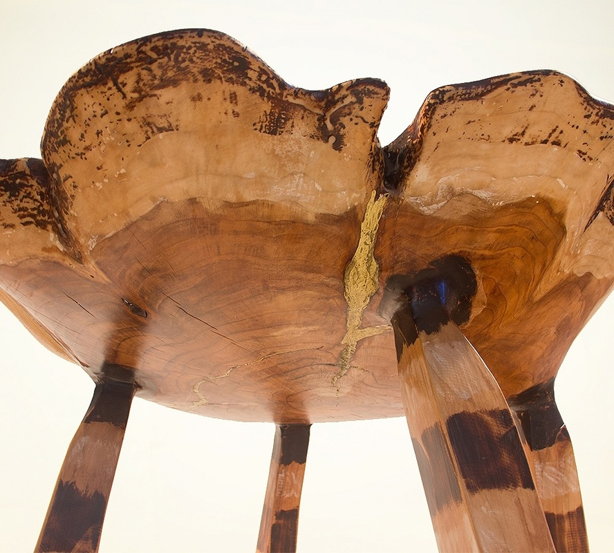 OKAPI TABLE