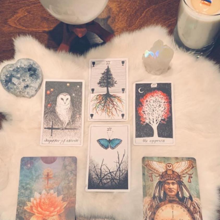 Tarot / Oracle Card Readings