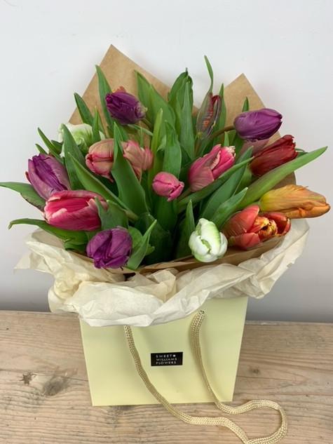 Luxury Tulip Bouquet £25