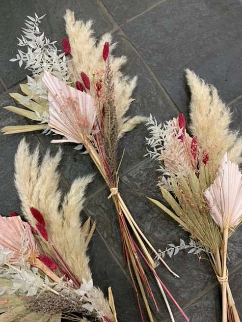 Dried Valentine Bunches £15
