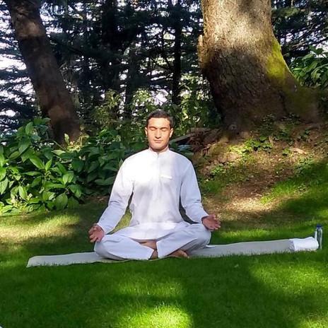 Yoga Instructor Vinod Kediyan