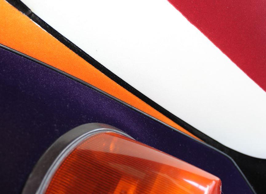 VW Sedán con 5 colores de flock