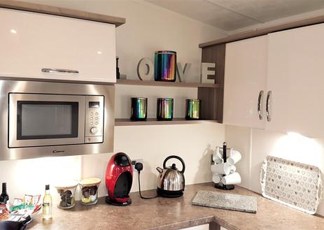 Patricia kitchen 3.jpg