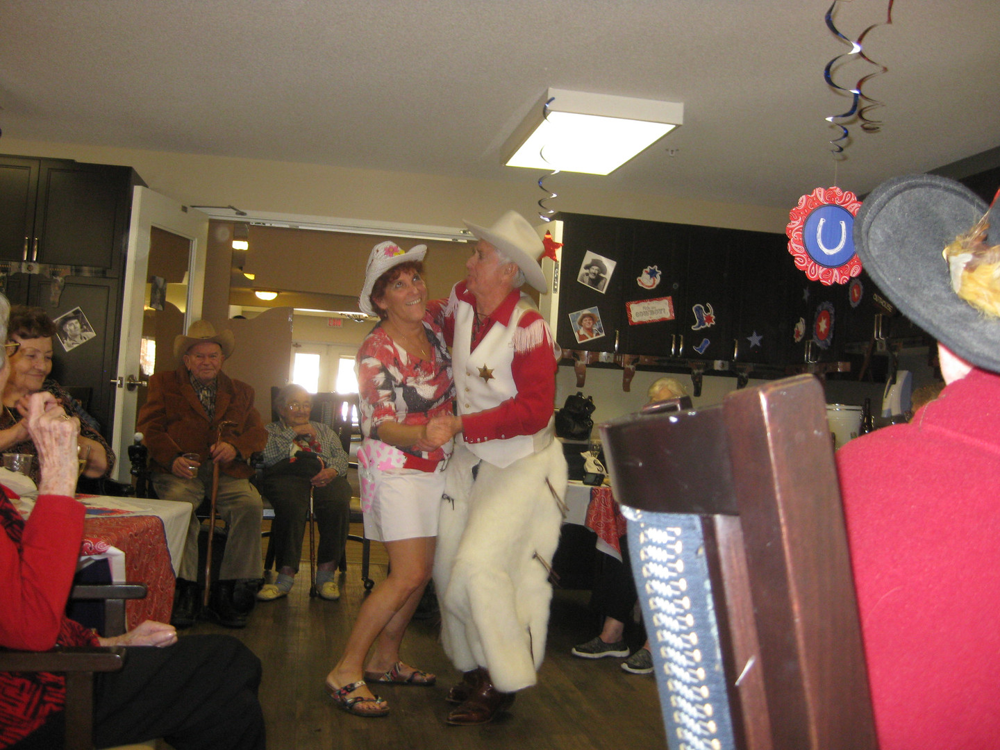 IMG_1927 - Patty & John Dancing.JPG
