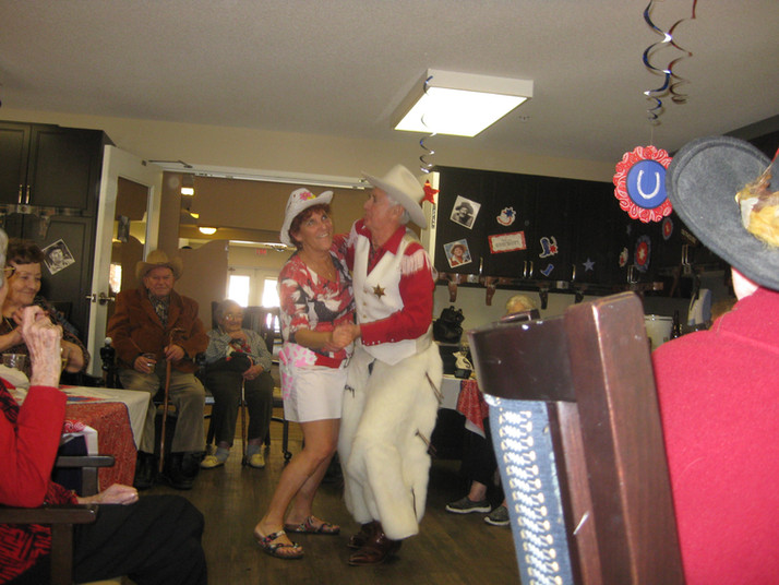 IMG_1927 - Patty & John Dancing.JPG
