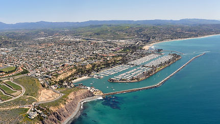 Dana_Point_a_city_in_southern_Orange_County_CA_Photo_D_Ramey_Logan (1).jpg