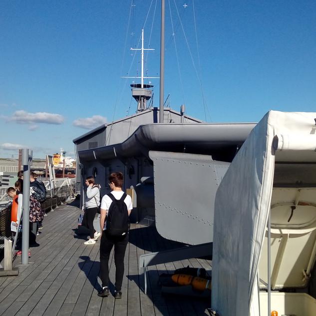 HMS Caroline (3).jpg