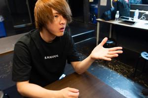 Komatsu / インタビュー公開!