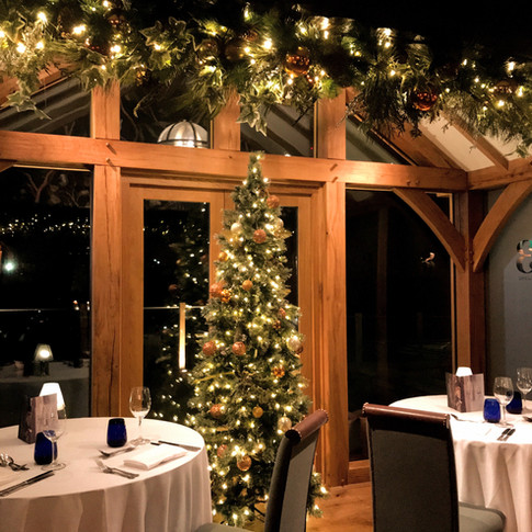 Welcome your guests with luxury festive decorations for that extra special experience