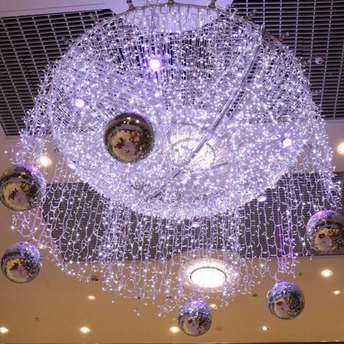 Sparkling LED light chandelier