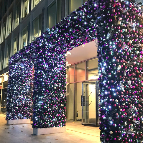 Create a fabulous festive focal point with a stunning entrance arch