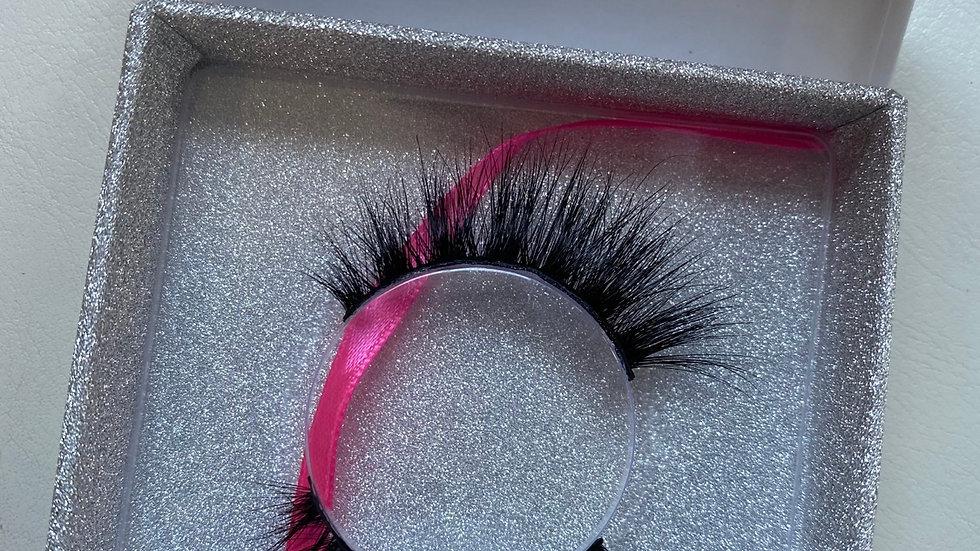 HONEY, IM PAID! Luxury Mink Eyelash Strip