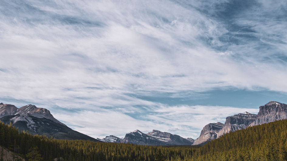 Mountain Valley - Canada