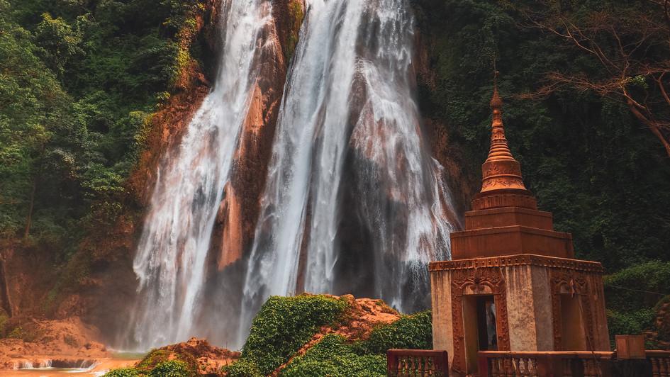 Pagoda Waterfalls - Myanmar