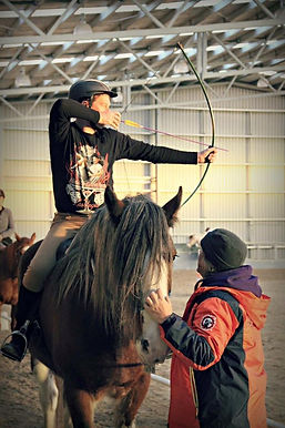 horse archery australia, medieval horse sports australia, clinics, competitions, best instructor, gold medalist, teaching, horse archer, mounted archer