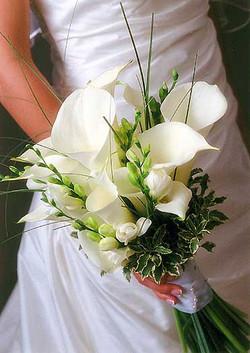 brides-bouquet-white-calla-lily