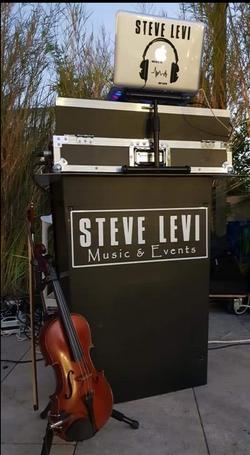 Steve Levi