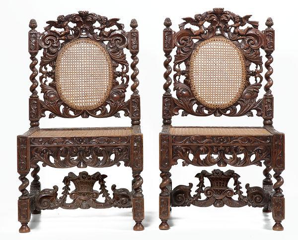 twee Marot stoelen.jpg