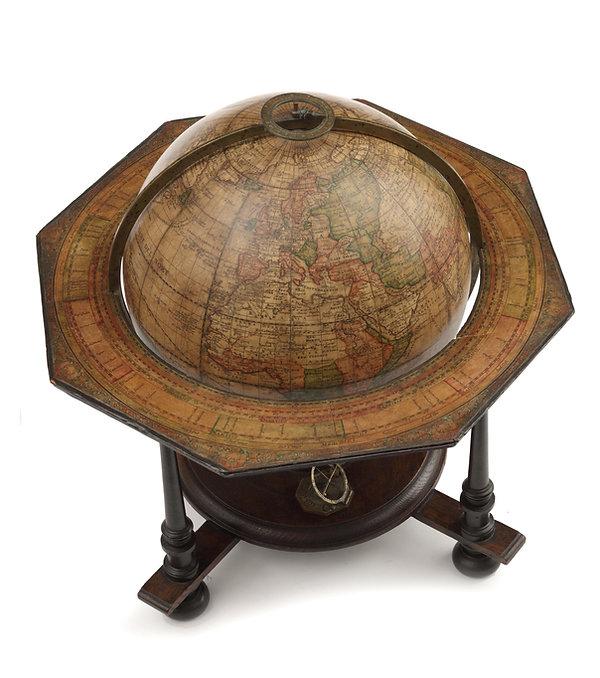 Globe Doppelmayer 04.jpg