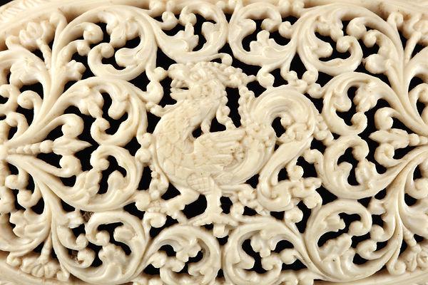 Ceylon ivoren doosje detail 2.jpg