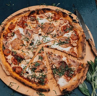 fat%20tonis%20pizza_edited.jpg