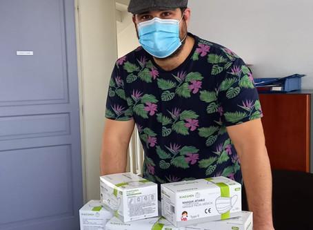 Distribution de masques pour enfants