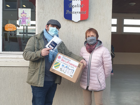 Distribution de masques à l'école, version 2.