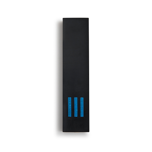 מזוזה שחורה רחבה | ש' כחולה במרכז