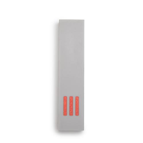 MEZUZAH | gris - large | (ש) centre - orange