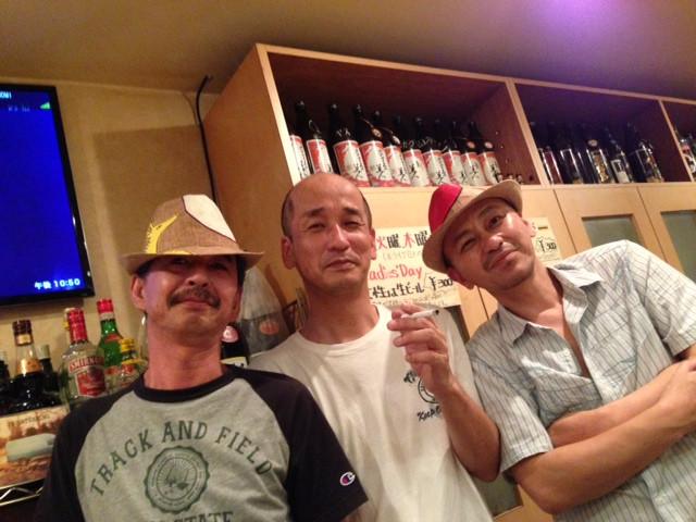 左から、先生、カットシさん、稲葉さん。