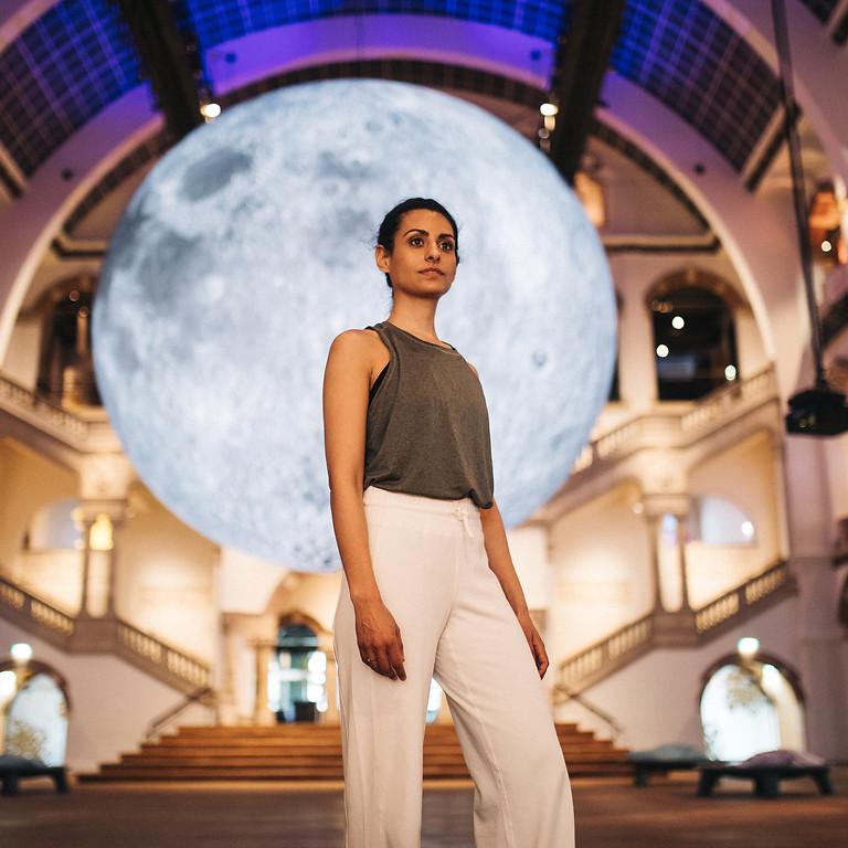 Vanaf 27 april beschikbaar: volle maanflow video vanuit het Tropenmuseum