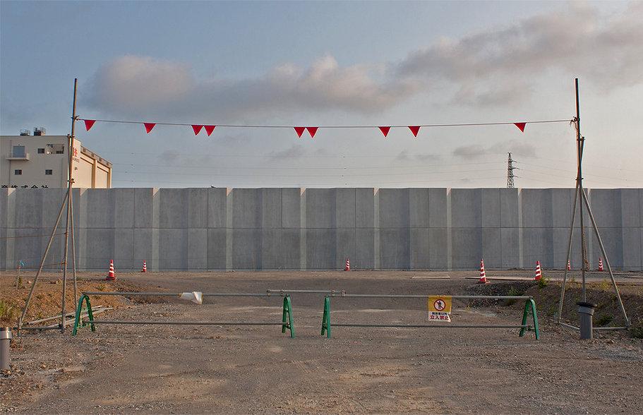 wall2_kesennuma.jpg