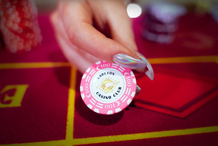Carlton Casino Club Dublin Poker Chip.jp