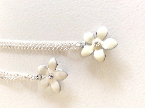 Halskæde med Blomst, 42 + 3 cm.