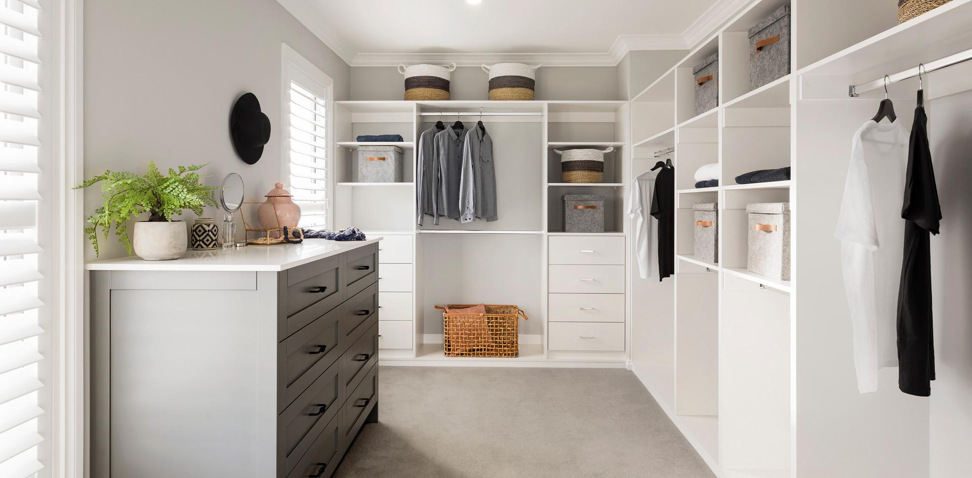 Crystal customer wardrobe
