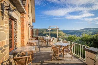 Het terras van hostellerie Beau Site