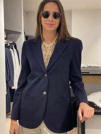 designermode lente en zomer 2021 donkerblauwe blazer