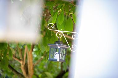 Tuinverlichting in de groene omgeving van Beau Site in Trois Ponts