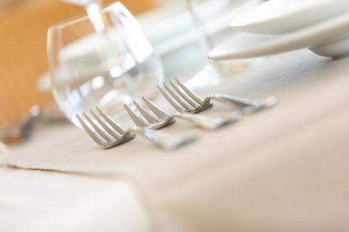 Gezellig tafelen in het restaurant van Hostellerie Beau Site in Trois-Ponts