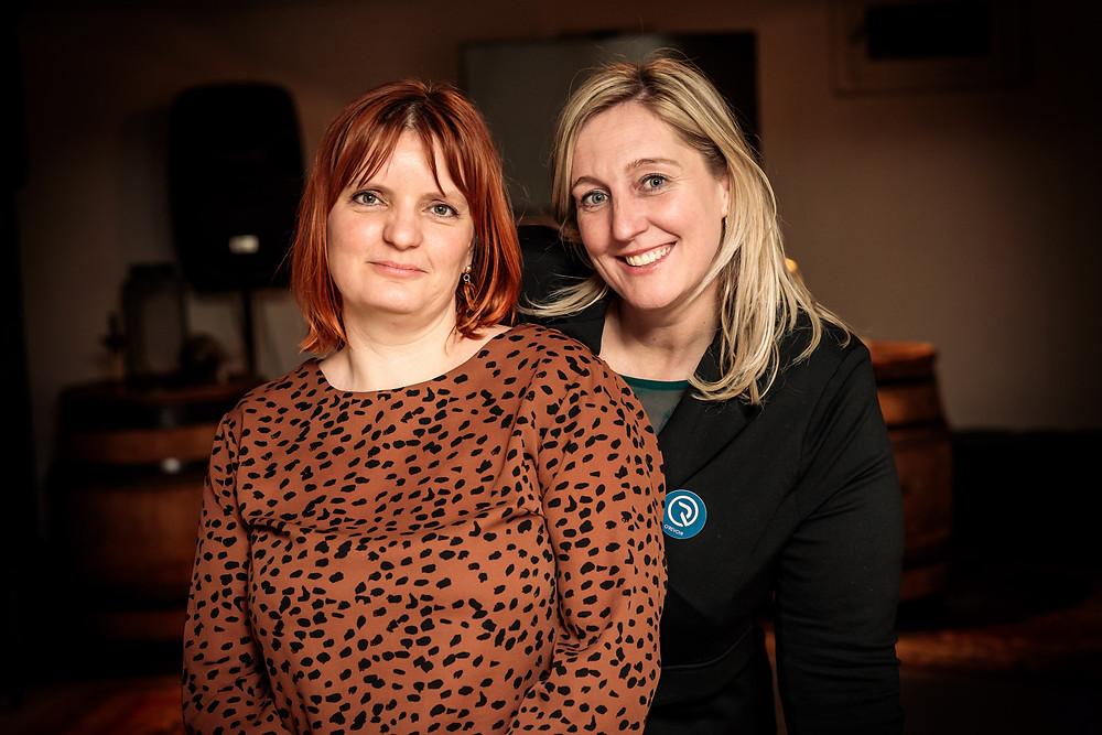 Rouwexperte Katrijn Desteghe en Sophie Naze van O'Revoir in Heusden-Zolder.