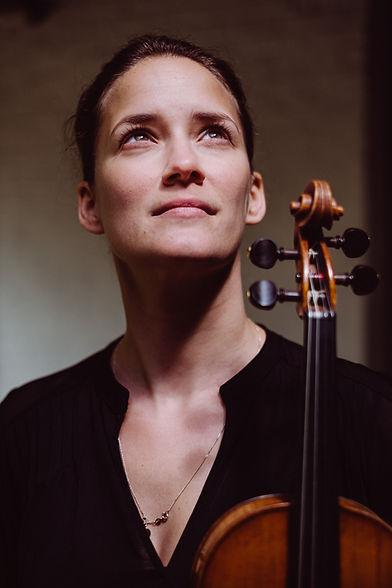 Jolente De Maeyers van het Brugse strijkorkest BRYGGEN Bruges Strings