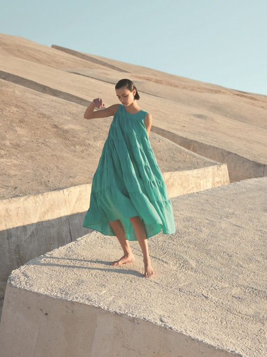Antonelli groene jurk designermode lente en zomer 2021