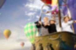 green screen photobooth van meerskat met luchtballon achtergrond