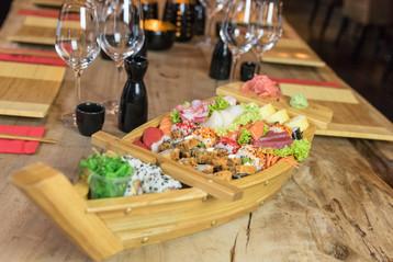 Esaki Sushi Tongeren - Sushiboot-3.jpg