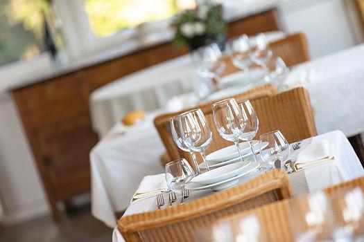 Restaurant Hostellerie Beau Site gedekte tafel